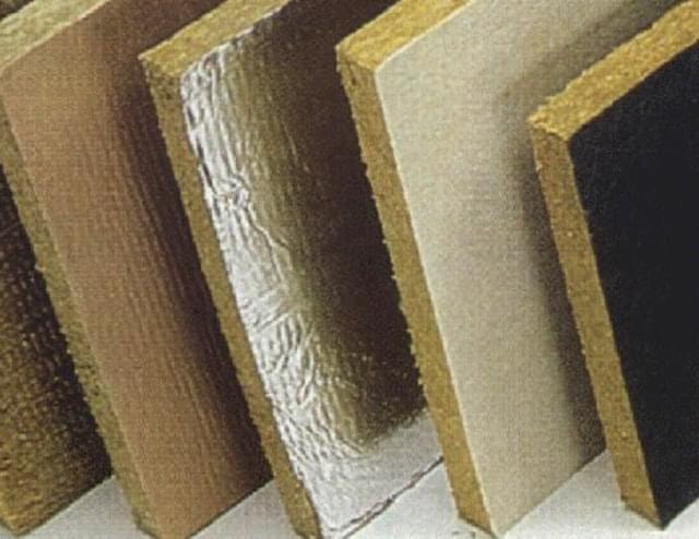 esposizione di campionari di lana di vetro e lana di roccia